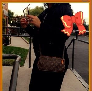 Authentic LV MARLY